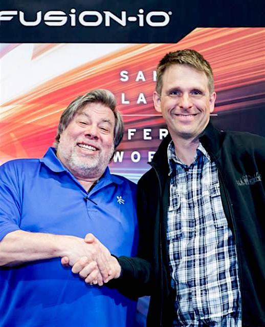 Magnus Kennedal med Steve Wozniak